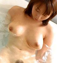 お風呂でおねぇさんのおっぱい!早く一緒に入ろう♪